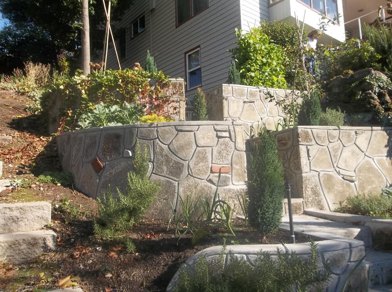 Recycled-Concrete-Retaining-Walls-06