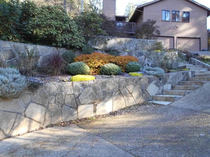 Recycled-Concrete-Retaining-Walls-07