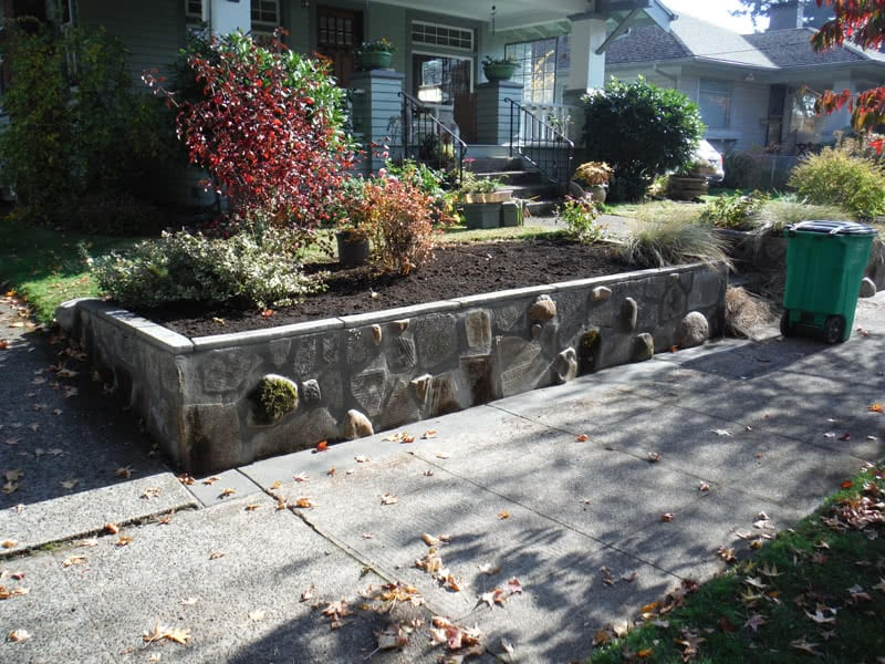 Recycled-Concrete-Retaining-Walls-08