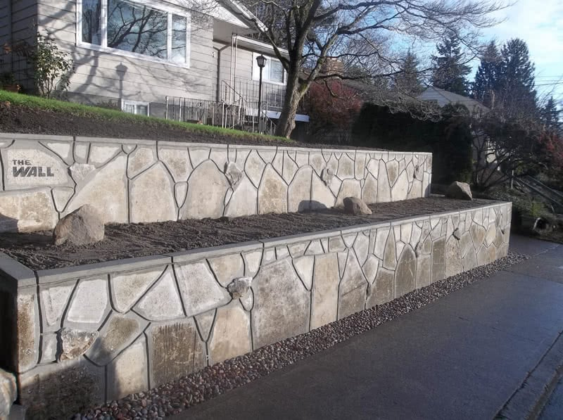Recycled-Concrete-Retaining-Walls-09