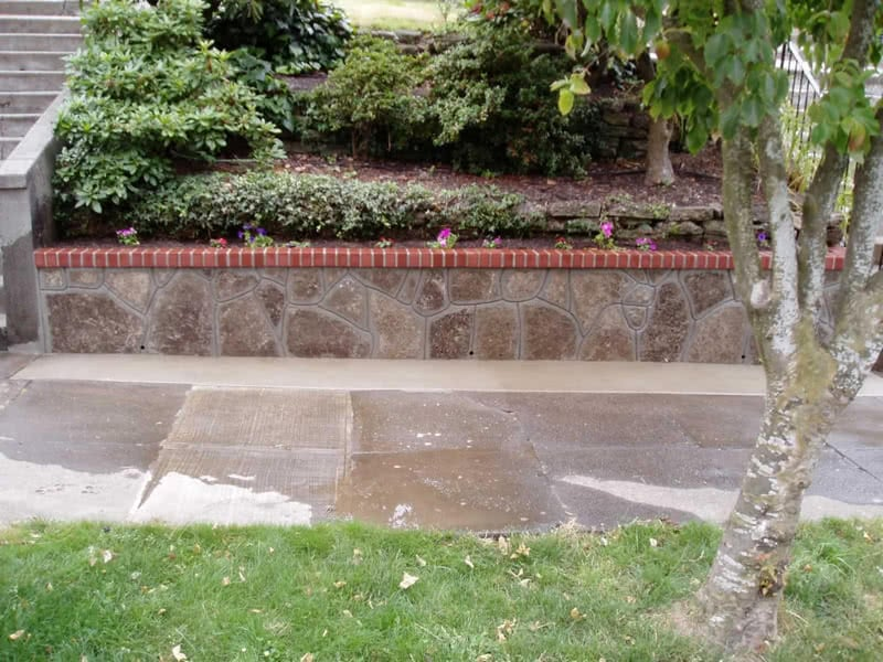 Recycled-Concrete-Retaining-Walls-16