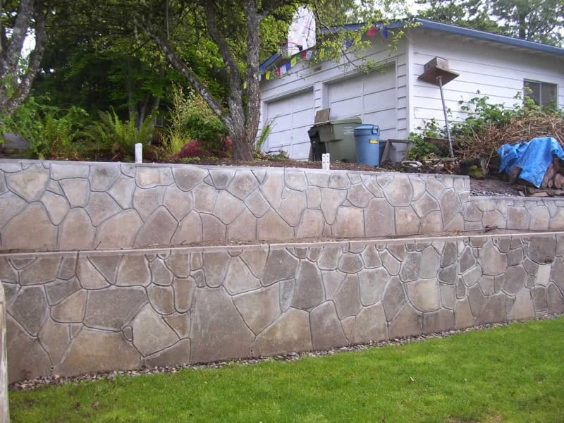 Recycled-Concrete-Retaining-Walls-19