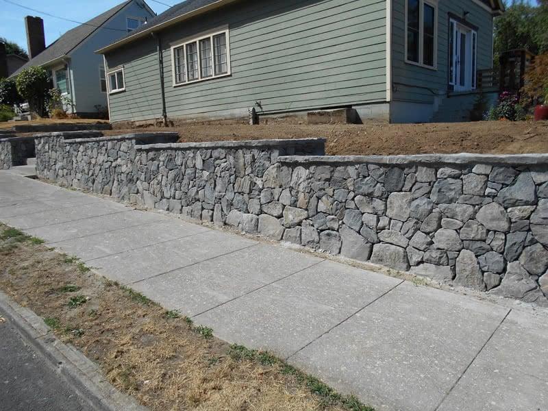 Stone-Retaining-Walls-03