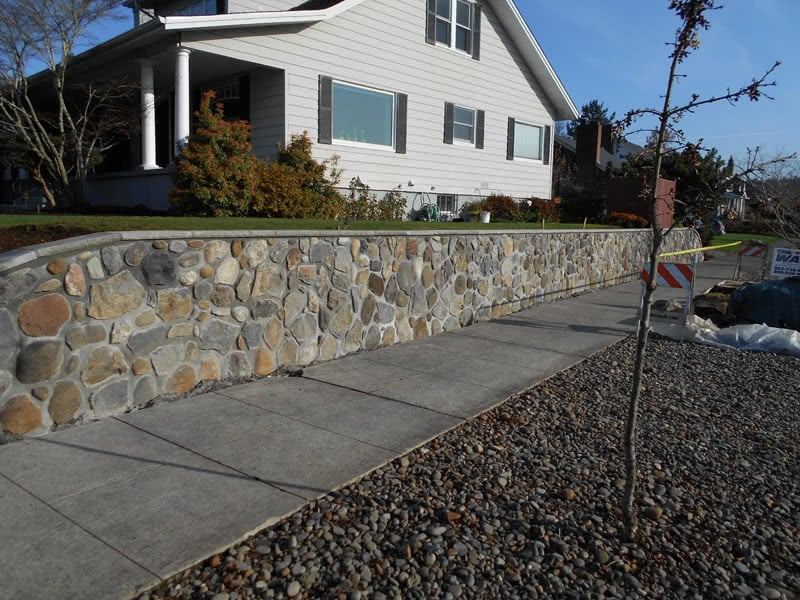 Stone-Retaining-Walls-08