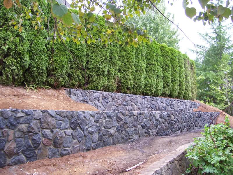 Stone-Retaining-Walls-09