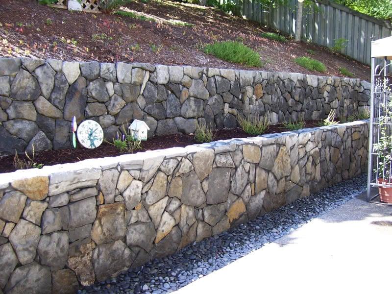Stone-Retaining-Walls-10