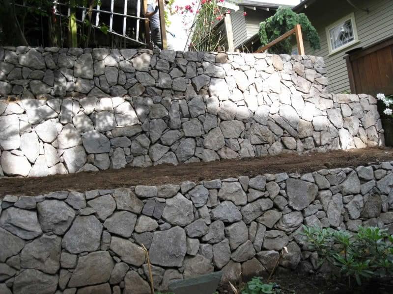 Stone-Retaining-Walls-14