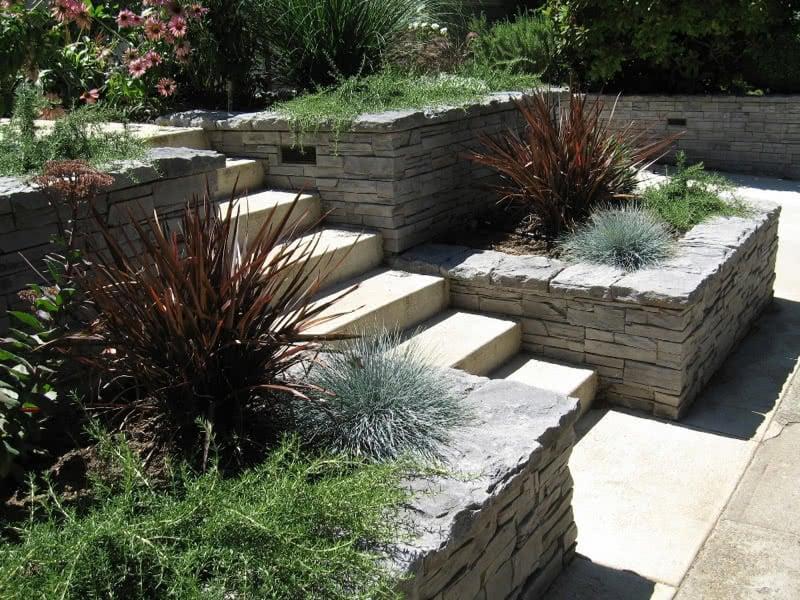 Stone-Retaining-Walls-18