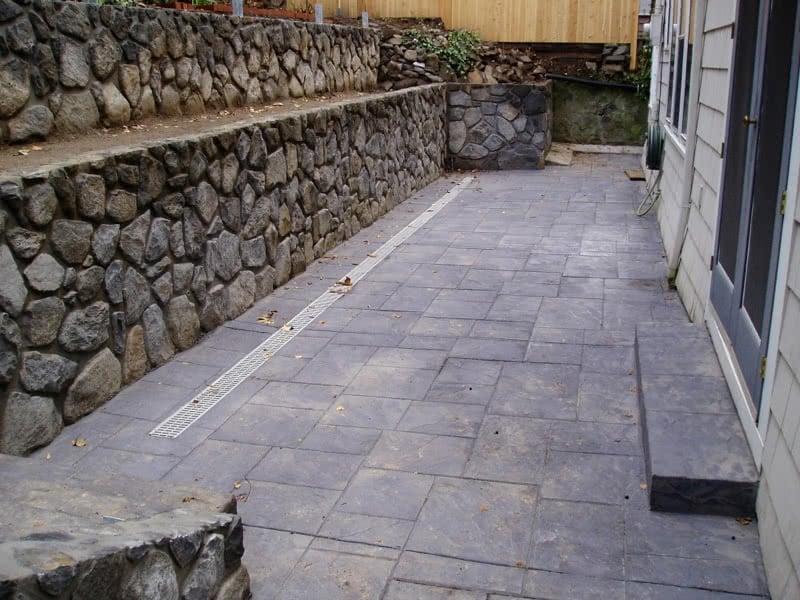 Stone-Retaining-Walls-31
