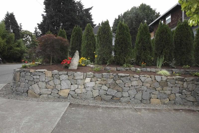 Stone-Retaining-Walls-47