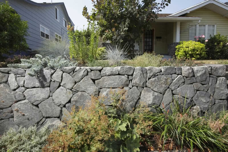 Stone-Retaining-Walls-49