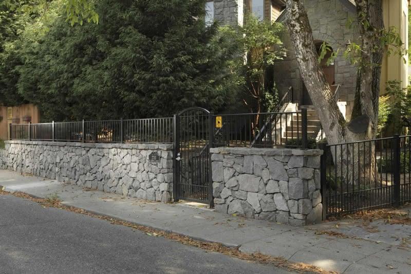 Stone-Retaining-Walls-51